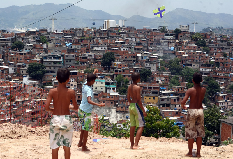 Favelas, such as Alemão, emerged from an unmet need for housing. Photo by Fabio Motta/Agência Estado