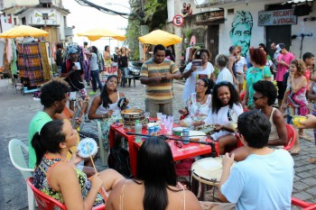 Samba in Vidigal. Photo By Patrick Isensee